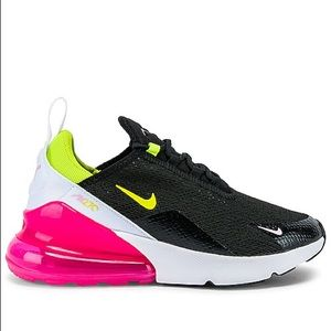 ❤️SOLD❤️Nike Air Max 270 x Revolve Sneakers